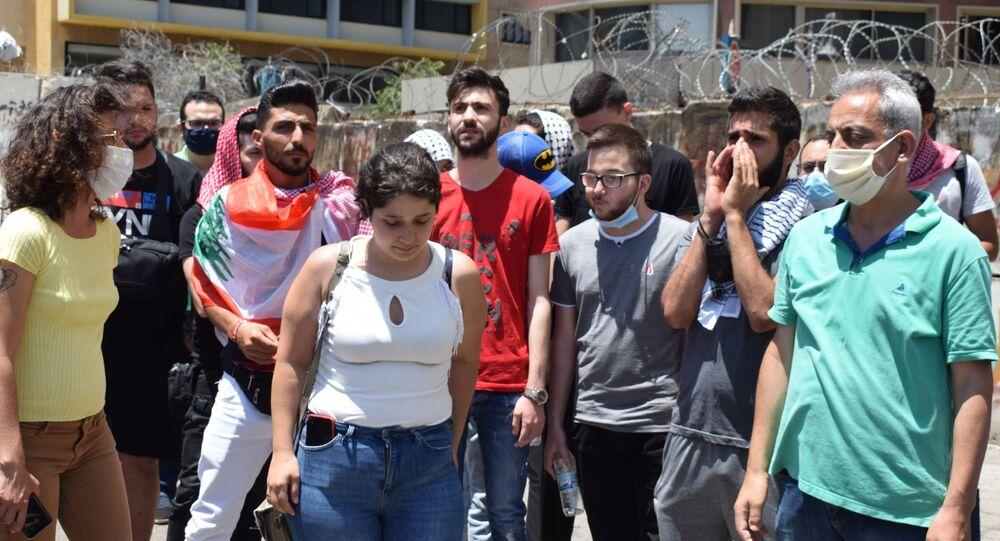 اعتصام أمام السراي الحكومي وسط بيروت احتجاجاً على ارتفاع الدولار