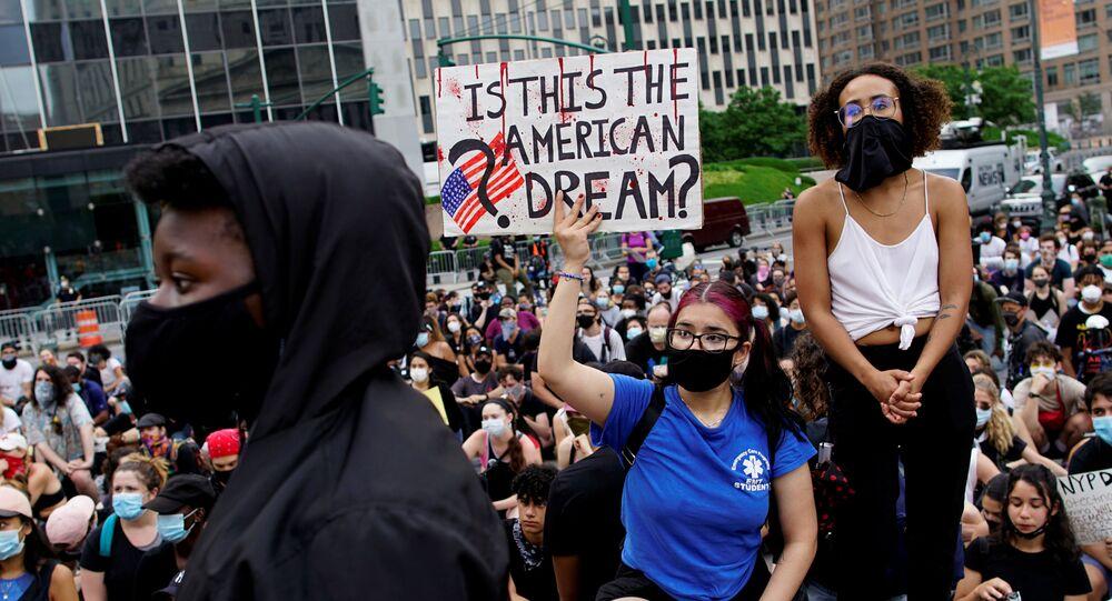 احتجاجات ضد العنصرية في مدينة نيويورك