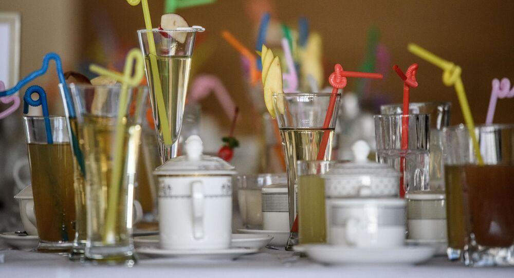 المشروبات في المسابقة الوطنية للطهي في كوريا الديمقراطية