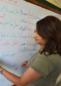 أجانب من دول عدة يتعلمون اللغة العربية بدمشق