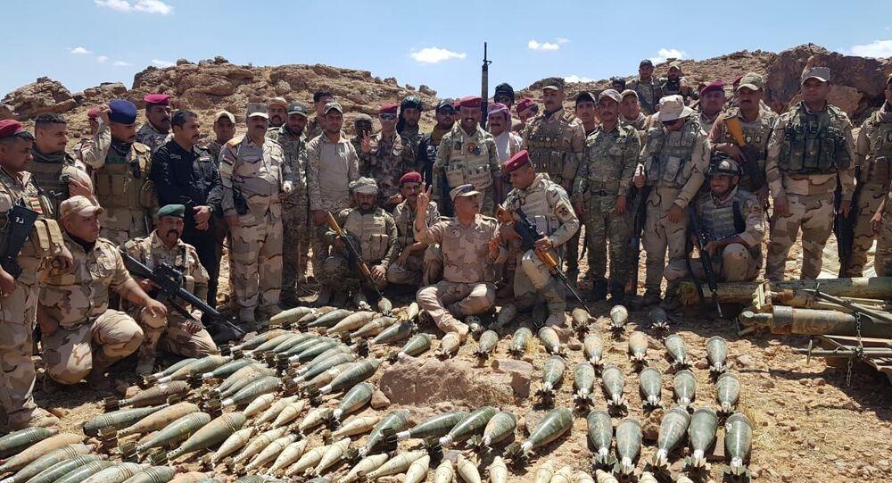 الجيش العراقي يدمر أوكارا لـداعش في الحدود مع السعودية