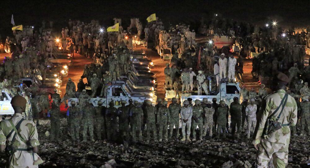 جنود سودانيون يشاركون في مناورات للجيش في ضواحي العاصمة الخرطوم الجيش - السودان
