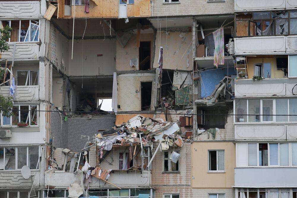 انفجار عبوة غاز في عمارة سكنية في كييف، أوكرانيا 21 يونيو 2020