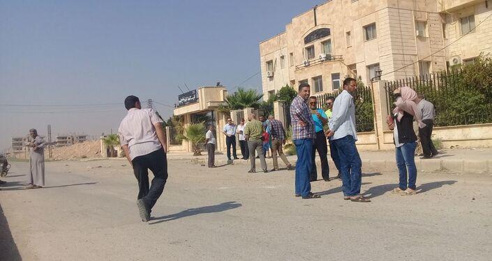العاملون فيالسورية للحبوب وكهرباء الحسكة يعتصمون ضد قسد