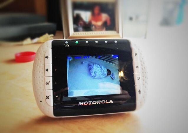 كاميرا مراقبة الأطفال
