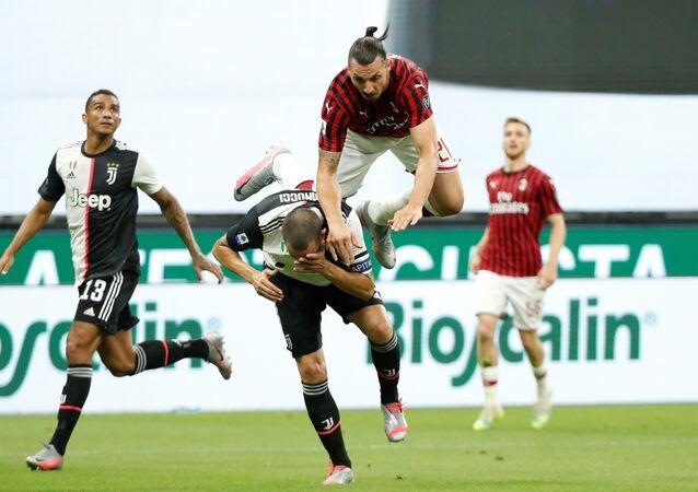 أهداف مباراة يوفنتوس وميلان (2-4) في الدوري الإيطالي