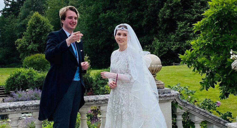 أميرة الأردن راية بنت الحسين وزوجها الصحفي البريطاني نيد دونوفان، 8 يوليو 2020